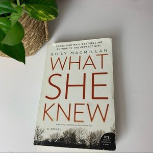 2/$20 GILLY MACMILLAN What She Knew Book